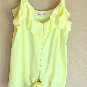 Flirty yellow Dex, blouse.